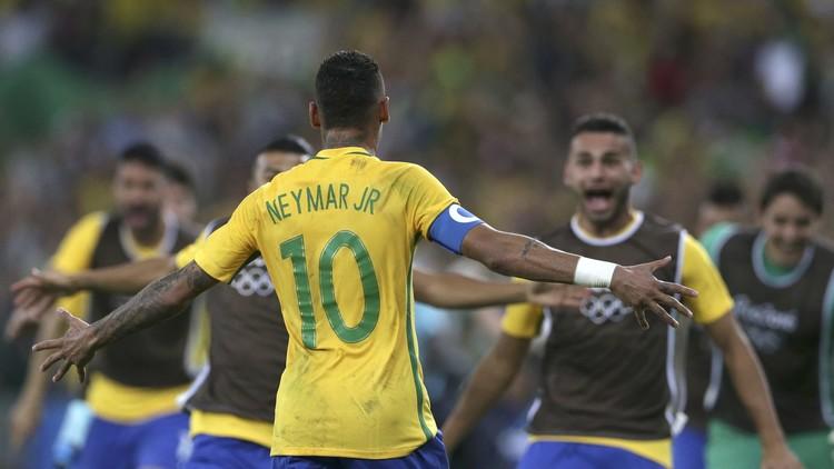 الأولمبي البرازيلي يحقق الحلم الكروي في ريو