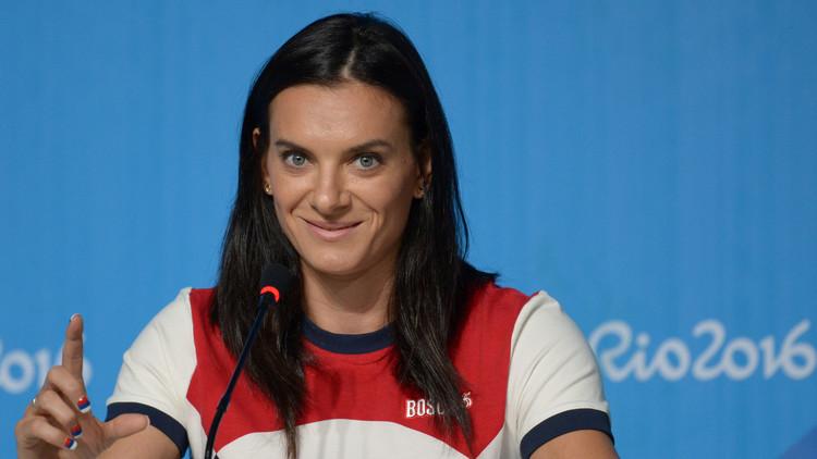 قبول عضوية الروسية إيسينباييفا في اللجنة الأولمبية