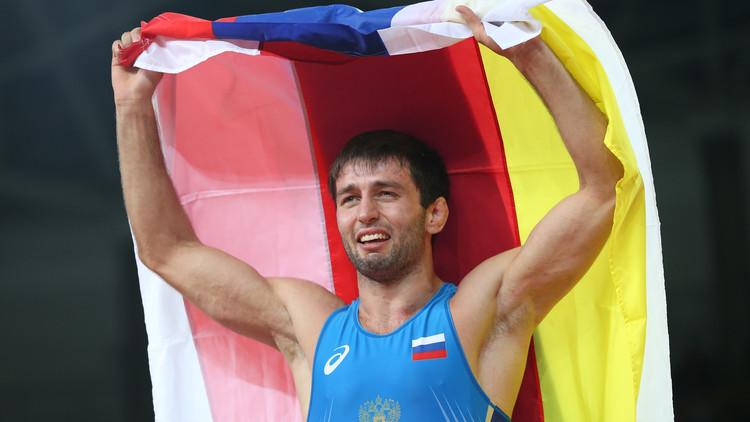 ذهبية المصارعة لوزن ما دون 65 كلغ تذهب لروسيا