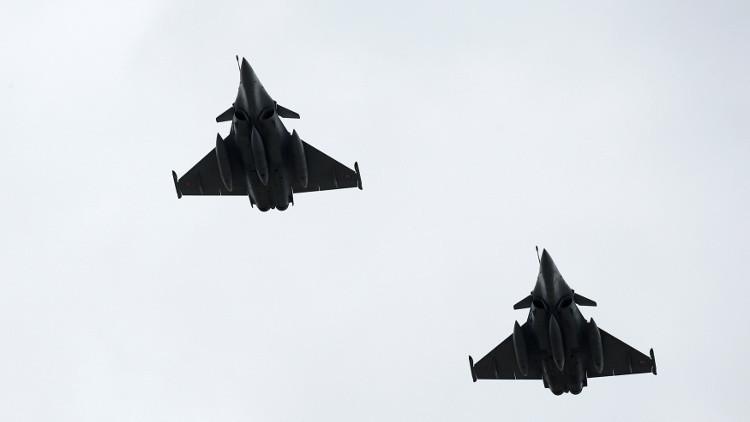 مقاتلات فرنسية تقصف مواقع داعش في الرقة