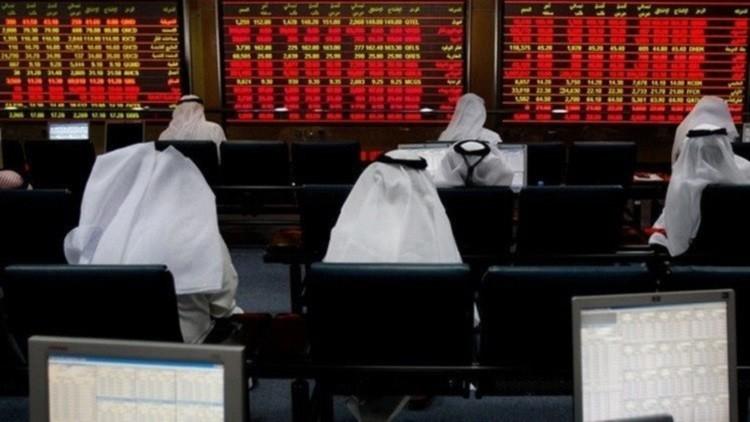 الأسواق الخليجية تنخفض مع هبوط أسعار النفط