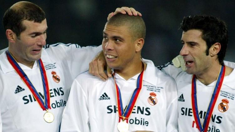 الظاهرة رونالدو يعود إلى ريال مدريد