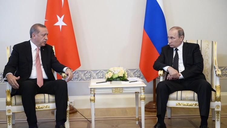 أنقرة تنتظر بوتين في مباراة ودية