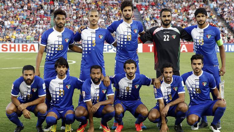 الكويت تحل اتحاد كرة القدم واللجنة الأولمبية