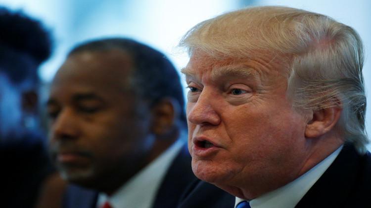 ترامب يتهم كلينتون بالعنصرية