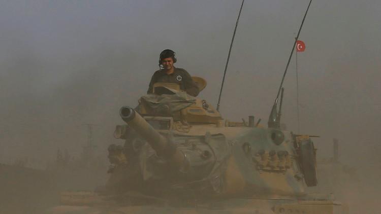 تركيا تواصل قصف مواقع