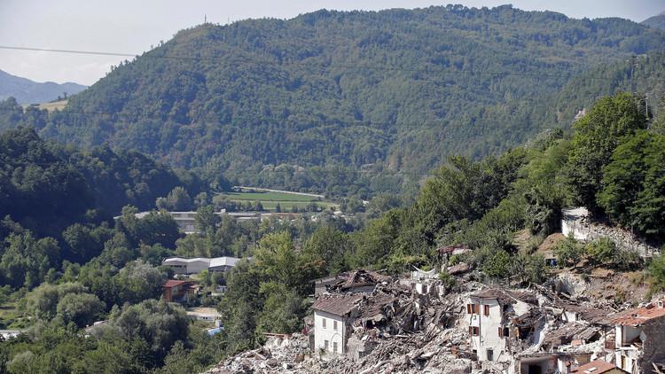 ارتفاع حصيلة قتلى الزلزال في إيطاليا إلى 278 شخصا