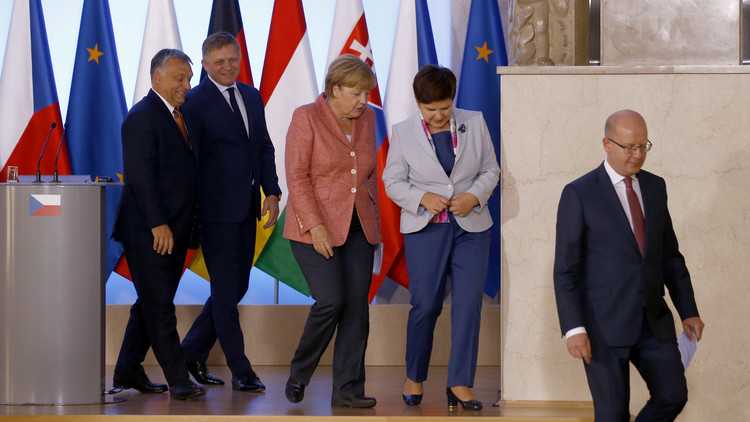 بودابست وبراغ تدعوان إلى إنشاء جيش أوروبي مشترك