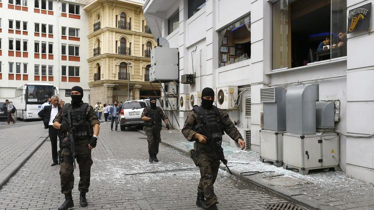 الشرطة التركية تداهم مقر صحيفة