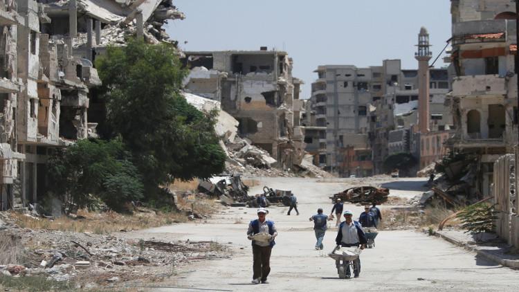 طيران حربي يقصف منطقة تسيطر عليها المعارضة بحمص لأول مرة منذ سنوات