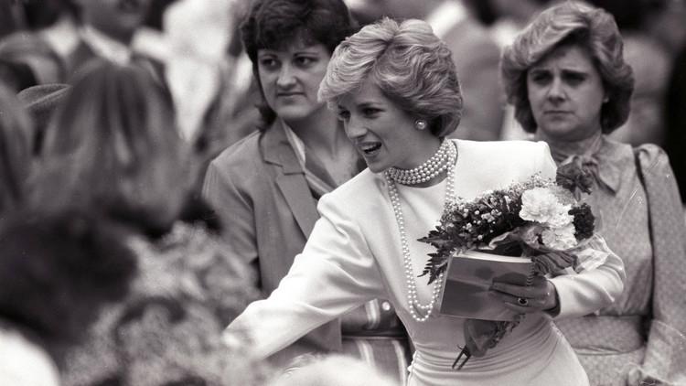 بريطانيا تتذكر الأميرة ديانا في الذكرى الـ19 لوفاتها