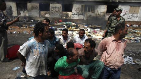 فض اعتصام رابعة العدوية في القاهرة - 14 أغسطس/آب 2013