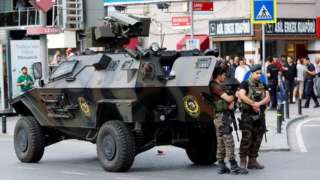 عناصر من القوات التركية الخاصة في إسطنبول