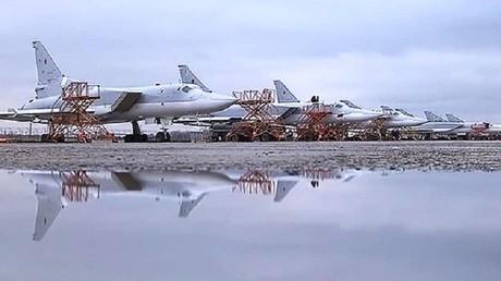 طائرات