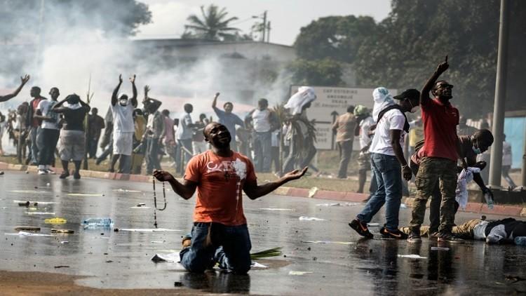 الغابون..إعادة انتخاب بونغو رئيسا والمعارضة تحتج
