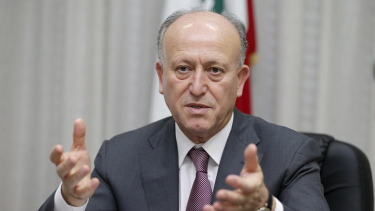وزير العدل اللبناني يطالب بطرد السفير السوري