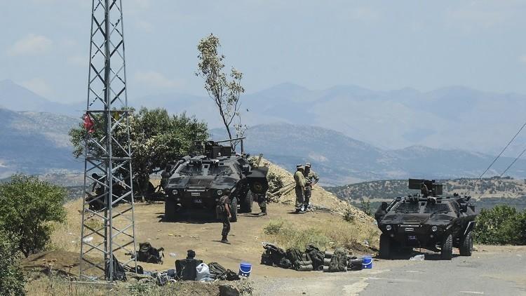 مقتل ضابط تركي بهجوم