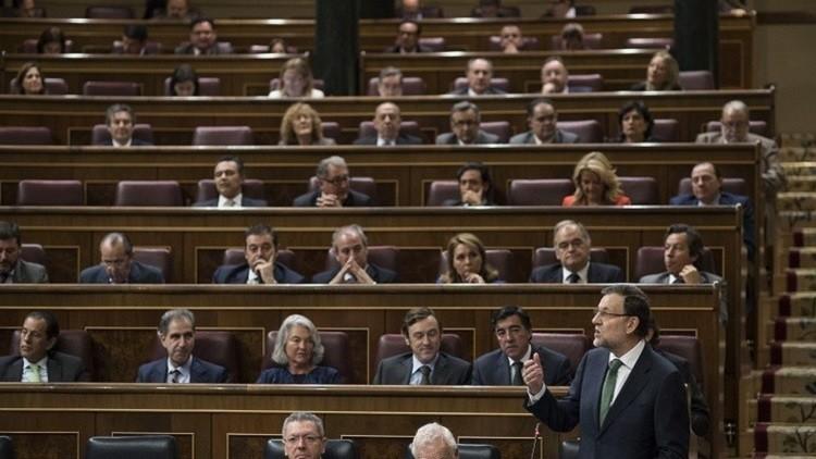 رئيس وزراء إسبانيا يخسر ثقة البرلمان