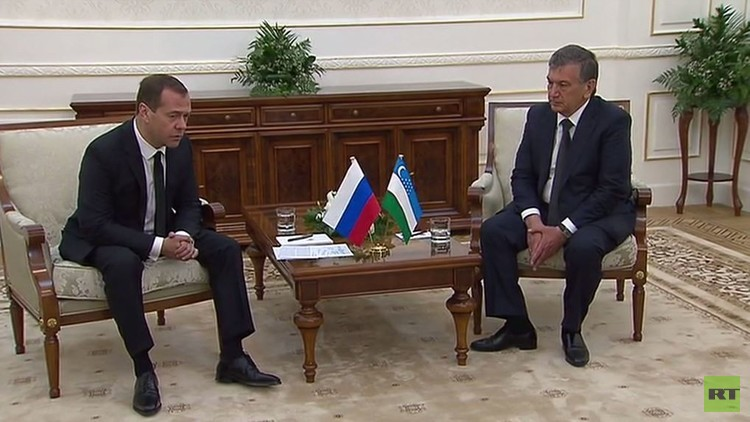 مدفيديف يلتقي رئيس حكومة أوزبكستان