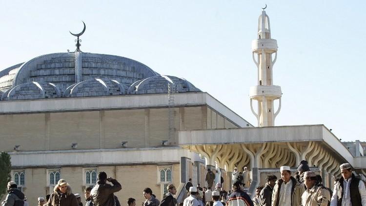 إيطاليا تطرد إمامين مسلمين بتهمة التطرف