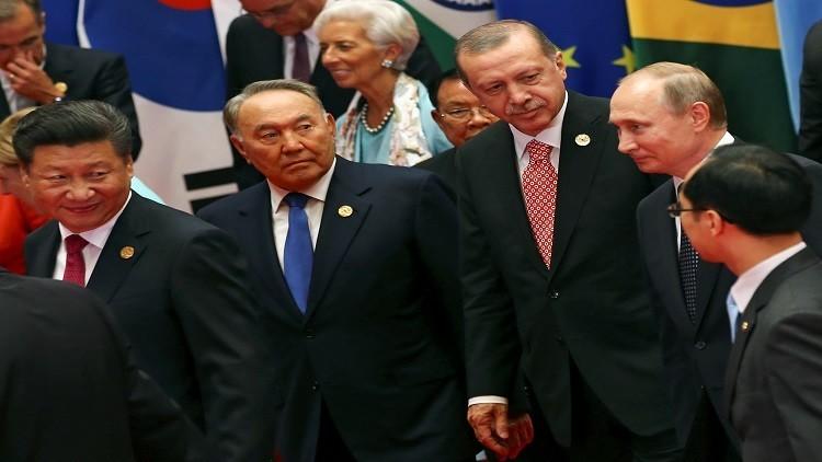 ماذا قال بوتين لنظرائه على هامش قمة العشرين؟
