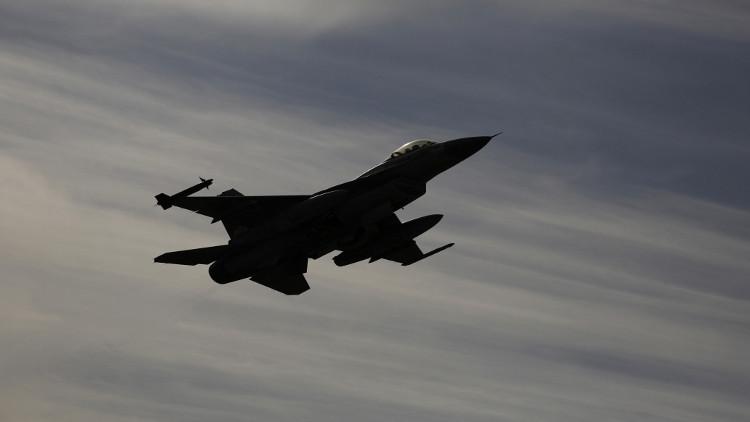 الطيران الإسرائيلي يقصف مواقع سورية