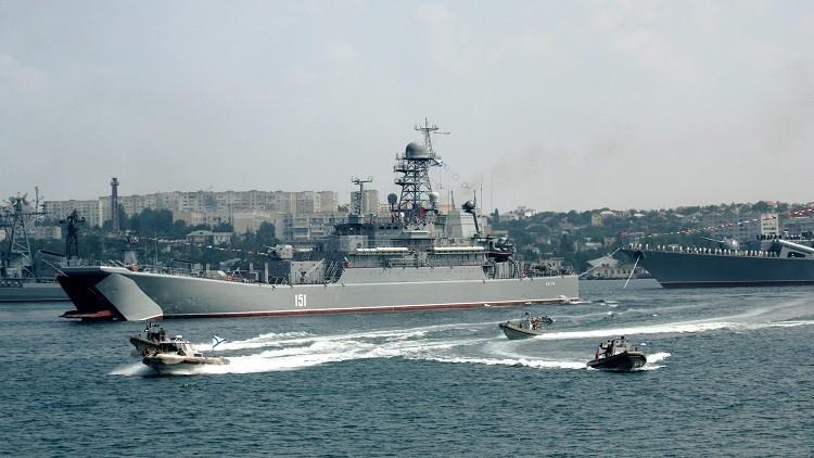 سفن لأسطول البحر الأسود الروسي تنضم إلى تدريبات