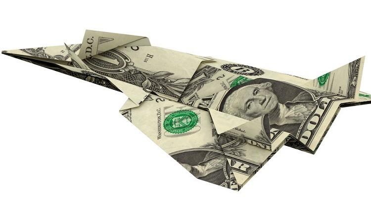 أمريكا تدفع نقدا