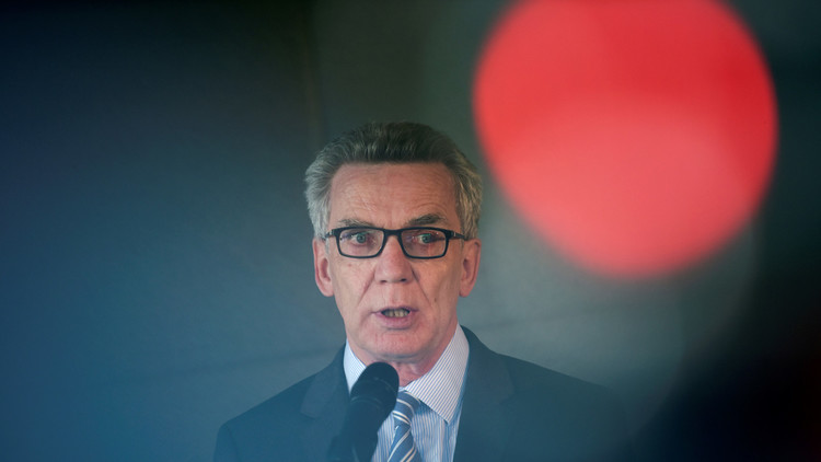 وزير الداخلية الألماني يدق ناقوس الخطر في بلاده