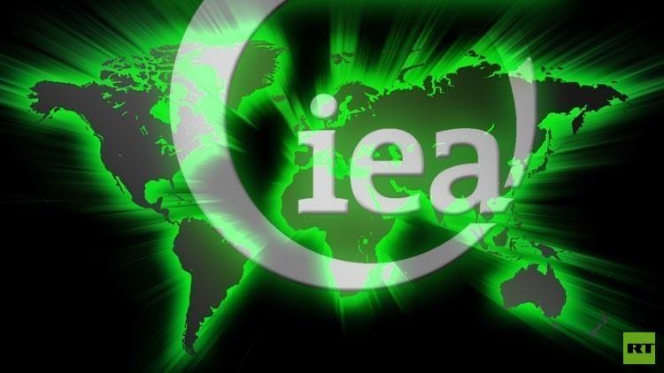 الطاقة الدولية: تخمة المعروض مستمرة في سوق النفط