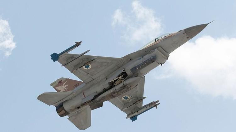 إسرائيل تقصف مجددا مواقع للجيش السوري في جبل الشيخ