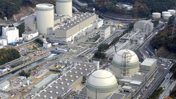 أمريكا قد تبيع إحدى محطاتها النووية لروسيا
