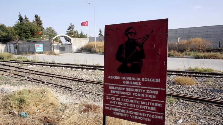 أنقرة: 1900 لاجئ سوري عادوا من تركيا إلى جرابلس خلال 7 أيام