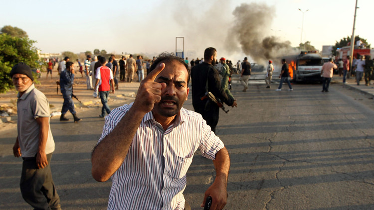 5 جرحى بتفجير سيارة مفخخة في بنغازي