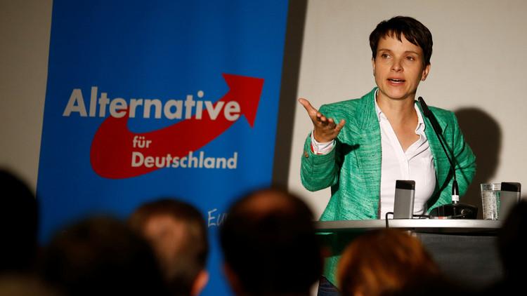 حرق سيارة زعيمة حزب ألماني مناهض للهجرة