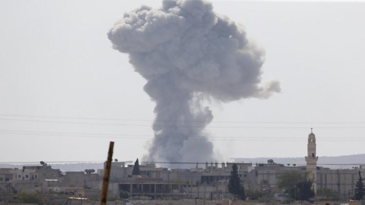 مقتل العشرات من الجيش السوري بغارات للتحالف في دير الزور