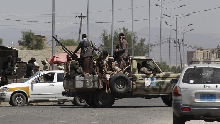 إيران ترد على اتهامات سعودية لها بإرسال السلاح إلى اليمن