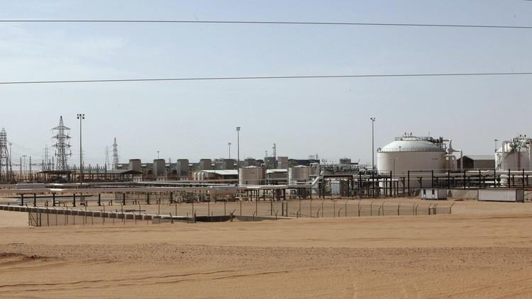 ليبيا ترفض الانضمام لاتفاق حول تجميد النفط