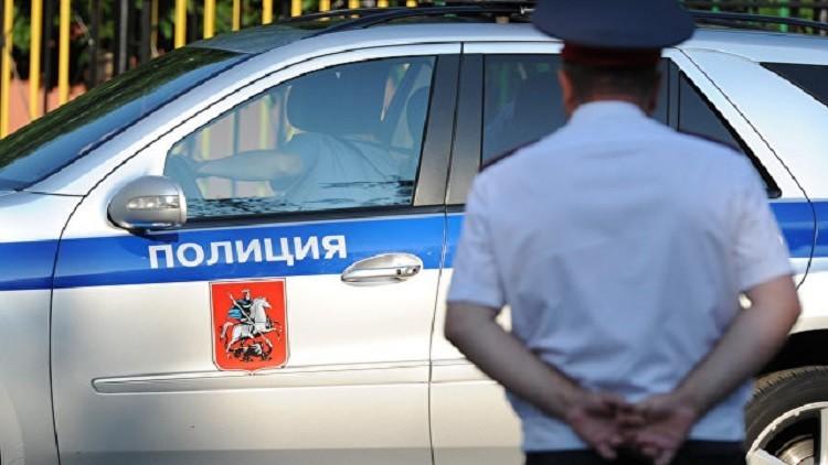 اعتقال رجل في مركز انتخابي بموسكو زعم حمله عبوة ناسفة