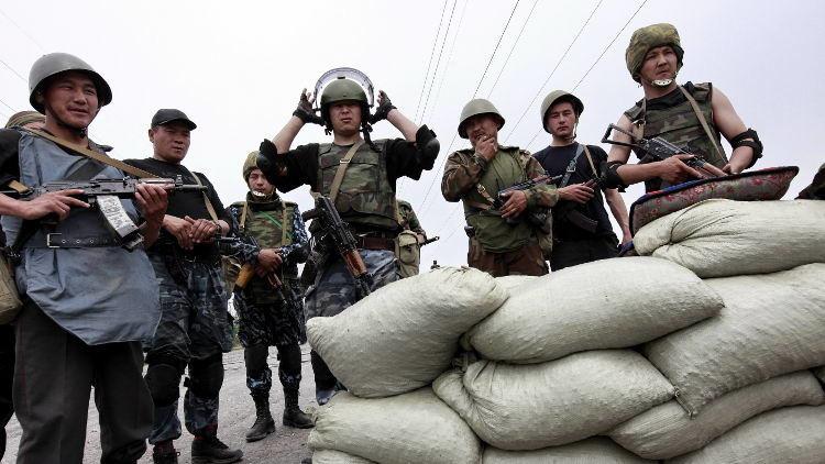 فتح معبر بين قرغيزستان وأوزبكستان بعد حل الأزمة
