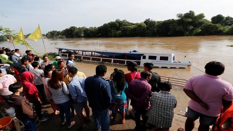 ضحايا بغرق سفينة حجاج بتايلاند