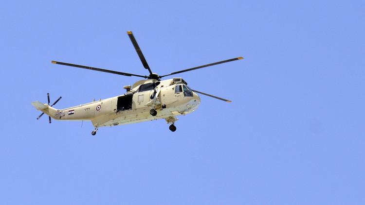 مقتل طيارين مصريين بتحطم مروحية عسكرية