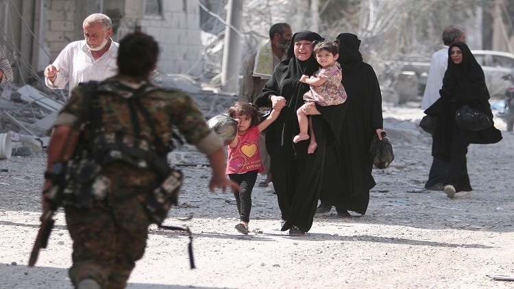 خروج مدنيين من أحياء حلب الشرقية