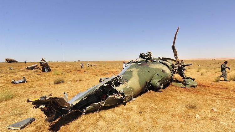 مقتل 5 أشخاص بينهم ضابط بتحطم مروحية في ليبيا