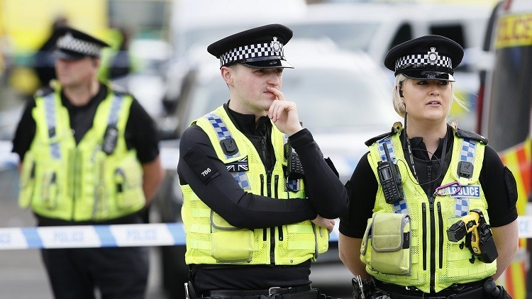 لندن توجه لامرأة تهمة الإرهاب بسبب مطبوعة تركية!