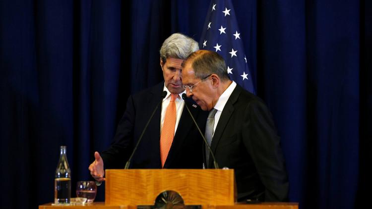 لافروف وكيري يعقدان لقاء ثنائيا قبل اجتماع مجموعة دعم سوريا