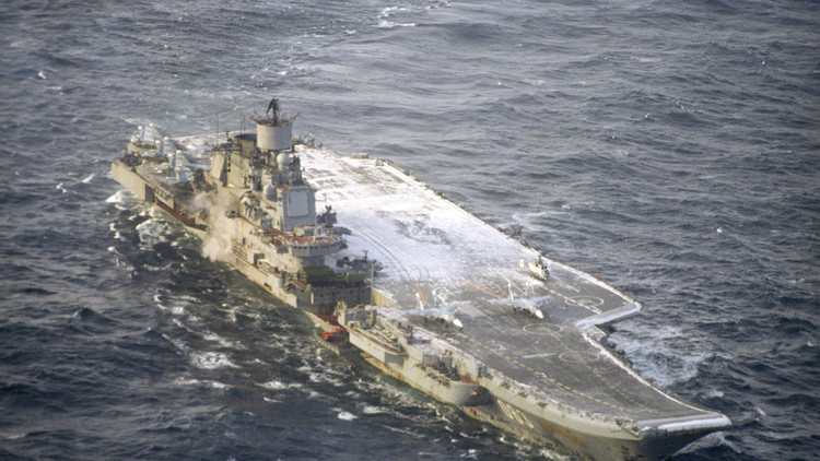 روسيا والولايات المتحدة تركزان القوات قبل المعارك الحاسمة