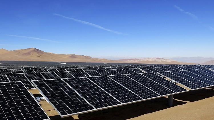 إيطاليا تشارك في مشاريع الطاقة المتجددة بالجزائر