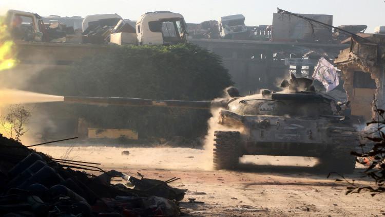 المسلحون يعيدون السيطرة على مخيم حندرات شمال حلب