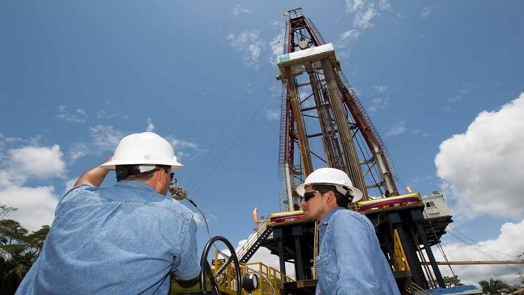 الجزائر تكشف تفاصيل المقترح السعودي لاستقرار سوق النفط